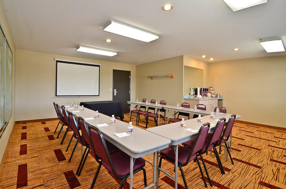 Conference Room at The Clackamas Inn